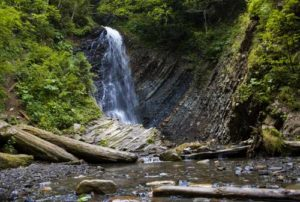 zhenetskij-vodopad1